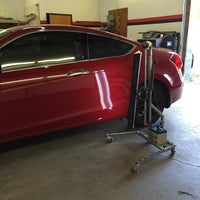 Photo taken at Quality Dent Removal, Inc. by 🐢 on 10/15/2015