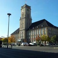 Photo prise au Rathaus Schöneberg par Jonas P. le10/16/2012