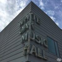 รูปภาพถ่ายที่ White Oak Music Hall โดย David J. เมื่อ 6/20/2018
