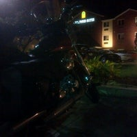 Photo taken at Crestwood Suites by Paul K. on 10/19/2012