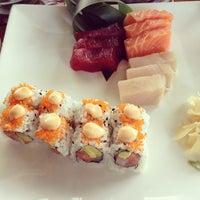 Foto tomada en Sushi Maki Coral Gables por Marcelo C. el 1/20/2013