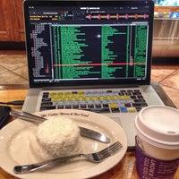 Photo taken at The Coffee Bean & Tea Leaf by DJ MoJoe (. on 3/1/2014