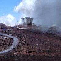 Photo taken at Pu'u 'ula'ula (Haleakalā Summit) by Miki's L. on 5/30/2013