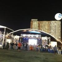 Foto tirada no(a) Terreirão do Samba por Jane F. em 2/12/2013