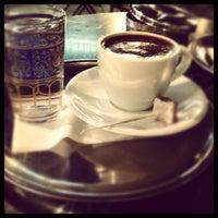 9/21/2012 tarihinde Burcu O.ziyaretçi tarafından Fazıl Bey'in Türk Kahvesi'de çekilen fotoğraf