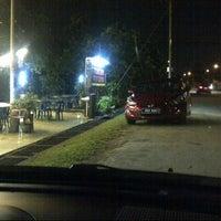 Photo taken at Tomyam Pertama (Kg. Pertama) by Muhammad S. on 1/14/2014