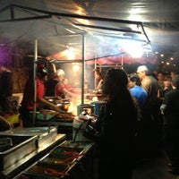 Photo taken at Tacos El Güero by Francisco O. on 7/14/2013
