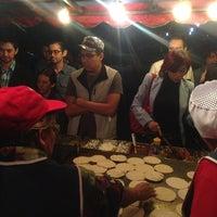 Photo taken at Tacos El Güero by Francisco O. on 3/2/2013