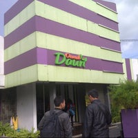 Photo taken at Oemah Daun Cafe & Resto by Aji C. on 7/15/2013