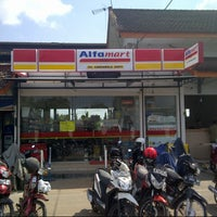 Photo taken at Alfamart Stasiun Purwokerto by Aji C. on 8/1/2013
