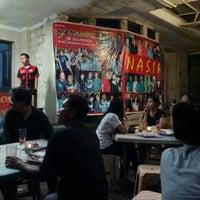 Photo prise au Nasi Kalong par roris d. le2/16/2013