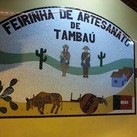 Foto tirada no(a) Feirinha de Artesanato de Tambaú por Arildo P. em 12/5/2012