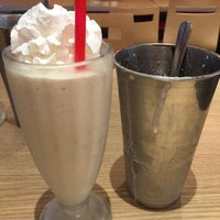 Photo taken at Smashburger by Jeanie H. on 2/1/2016