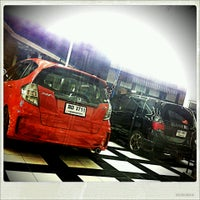 Photo taken at CMN Racing Shop & Wash@CMN by Peach V. on 4/11/2013