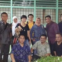 Photo taken at SMAN 70 Jakarta by Yoga P. on 11/1/2014