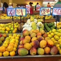 Photo taken at Rondelli Supermercado by Ednardo G. on 1/28/2013