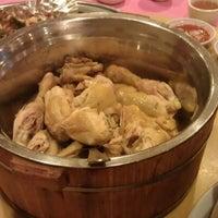 Photo taken at Restoran Hau Kee Seafood (口记海鲜楼) by Bernard O. on 12/8/2012
