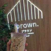 Foto scattata a Brown Café da Muiying il 9/10/2018