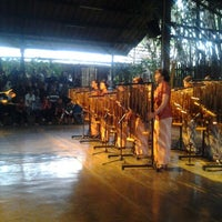 Photo prise au Saung Angklung Mang Udjo par yudi n. le10/20/2012