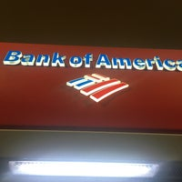 Photo taken at Bank Of America by Broward Roads R. on 9/6/2016