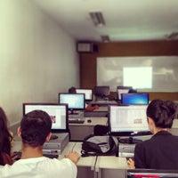 Photo taken at Universidade Estácio de Sá by Vitor K. on 3/7/2013