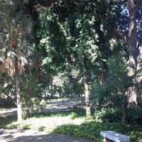 Foto diambil di Jardines de Picasso oleh Manuel O. pada 10/11/2013