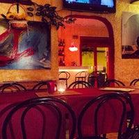 Foto tomada en BarCeloneta Sangria Bar por Anett G. el 2/27/2014