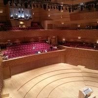 Снимок сделан в Концертный зал Мариинского театра пользователем Yanina O. 4/27/2013