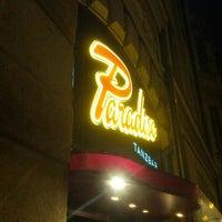 Das Foto wurde bei Paradiso Tanzbar von ChRi R. am 4/26/2013 aufgenommen