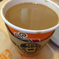 Photo taken at Dunkin' Donuts by Lette on 1/6/2015