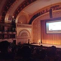 Foto scattata a Auditorium Theatre da Arwa A. il 4/5/2013