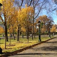 Photo taken at Aleksandrovskiy Garden by Anna S. on 10/13/2013