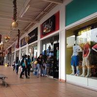 Foto tomada en Centro Comercial La Herradura por Jorge P. el 12/13/2012