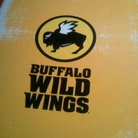 Photo taken at Buffalo Wild Wings by MzBLB💋 on 4/9/2013