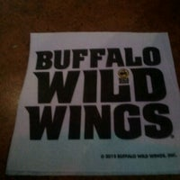 Photo taken at Buffalo Wild Wings by MzBLB💋 on 1/31/2013