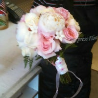 Photo taken at Ft Myers Express Floral by Ft  Myers E. on 8/10/2014