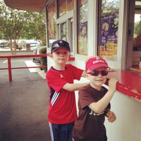 Photo taken at Bruster's Ice Cream by Brian P. on 6/11/2014