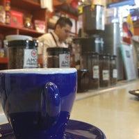 Foto scattata a Conde De Medellin Especiality Coffees México da Ricardo L. il 6/26/2016