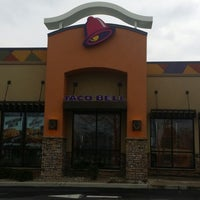 Photo taken at Taco Bell by JP W. on 4/18/2014
