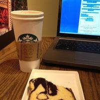 Photo taken at Starbucks by Jose Luis L. on 2/21/2013