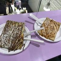 Photo taken at Uptown Swirl Frozen Yogurt & Crepes by 🌸Anastasiia on 3/16/2017