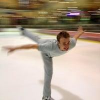 9/24/2012 tarihinde Denys D.ziyaretçi tarafından Айс Холл / Ice Hall'de çekilen fotoğraf