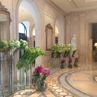 Photo prise au Hôtel Four Seasons George V par Maria K. le2/20/2013