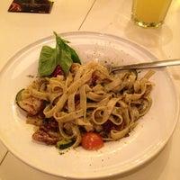Снимок сделан в Any.pasta.pizza.bar пользователем Pinkey B. 2/15/2013