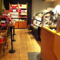 Photo taken at Starbucks by Kimberly S. on 11/22/2012