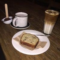 Foto tomada en Dosis Cafe por Krystel S. el 6/12/2015