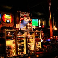 Photo taken at BREW Beers & Ciders by Prayut P. on 10/3/2012