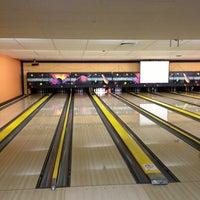 Photo taken at Bowlingcenter Heuchelhof by Serge I. on 8/17/2013