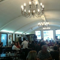 Foto tirada no(a) Sá Rosa Café por Marcio S. em 11/18/2012