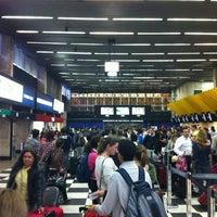 Foto tirada no(a) Check-in LATAM por Gustavo C. em 11/14/2012